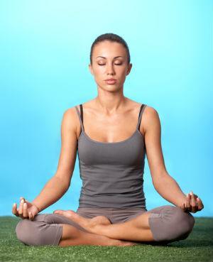 朝瞑想と朝自己催眠