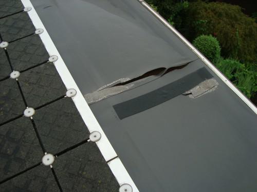 陸屋根雨漏り 塩ビシート防水 切れ始めると・・・