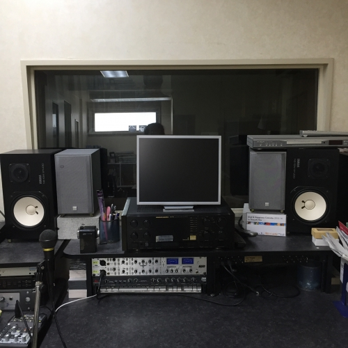 プロ仕様のレコーディングスタジオ
