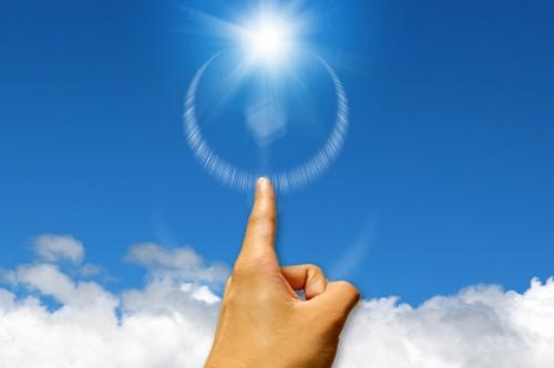 経産省、太陽光発電など再生エネルギー「主力電源」素案