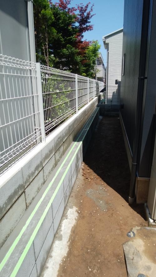 金沢区で外構工事です。