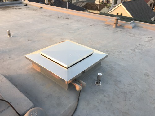 杉並区で屋上出入口マンホールをステンレスにしてみた!