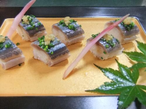 「さんま棒寿司」