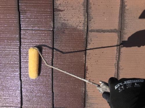 新座市屋根下塗り!