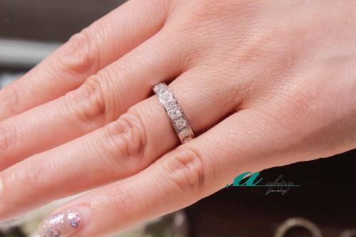 結婚指輪としても普段使いでも使える万能エタ二ティリング