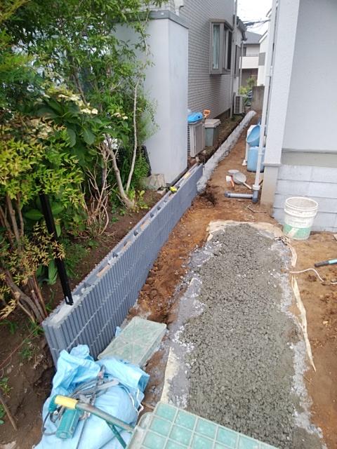 緑区で外構工事。
