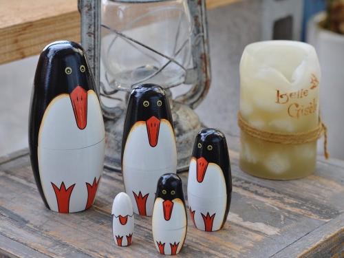 ペンギンのマトリョーシカが再入荷しています