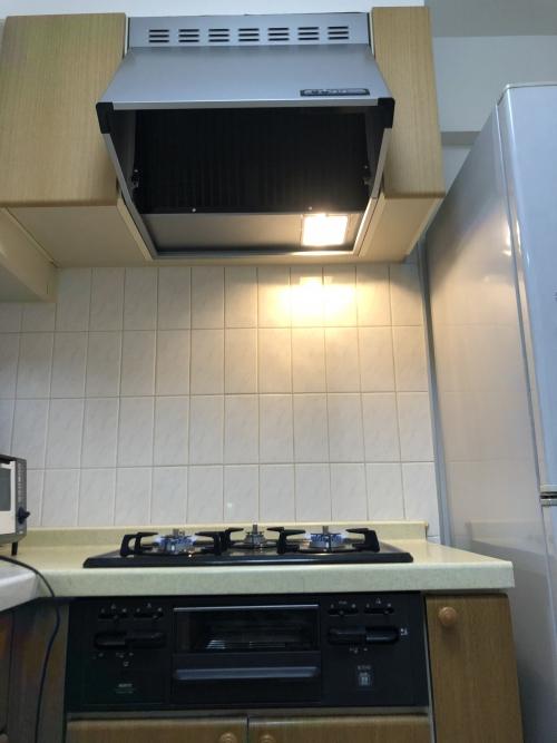 足立区西新井 キッチン換気扇の交換工事