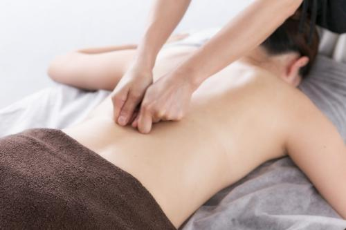 漢方アロマハウス・老廃物・首肩こり腰痛・頭痛背中の張り