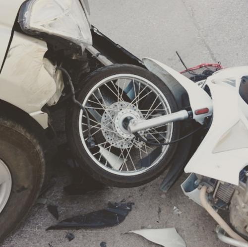 交通事故/巻き込まれ/車/バイク/オリンピア鍼灸整骨院